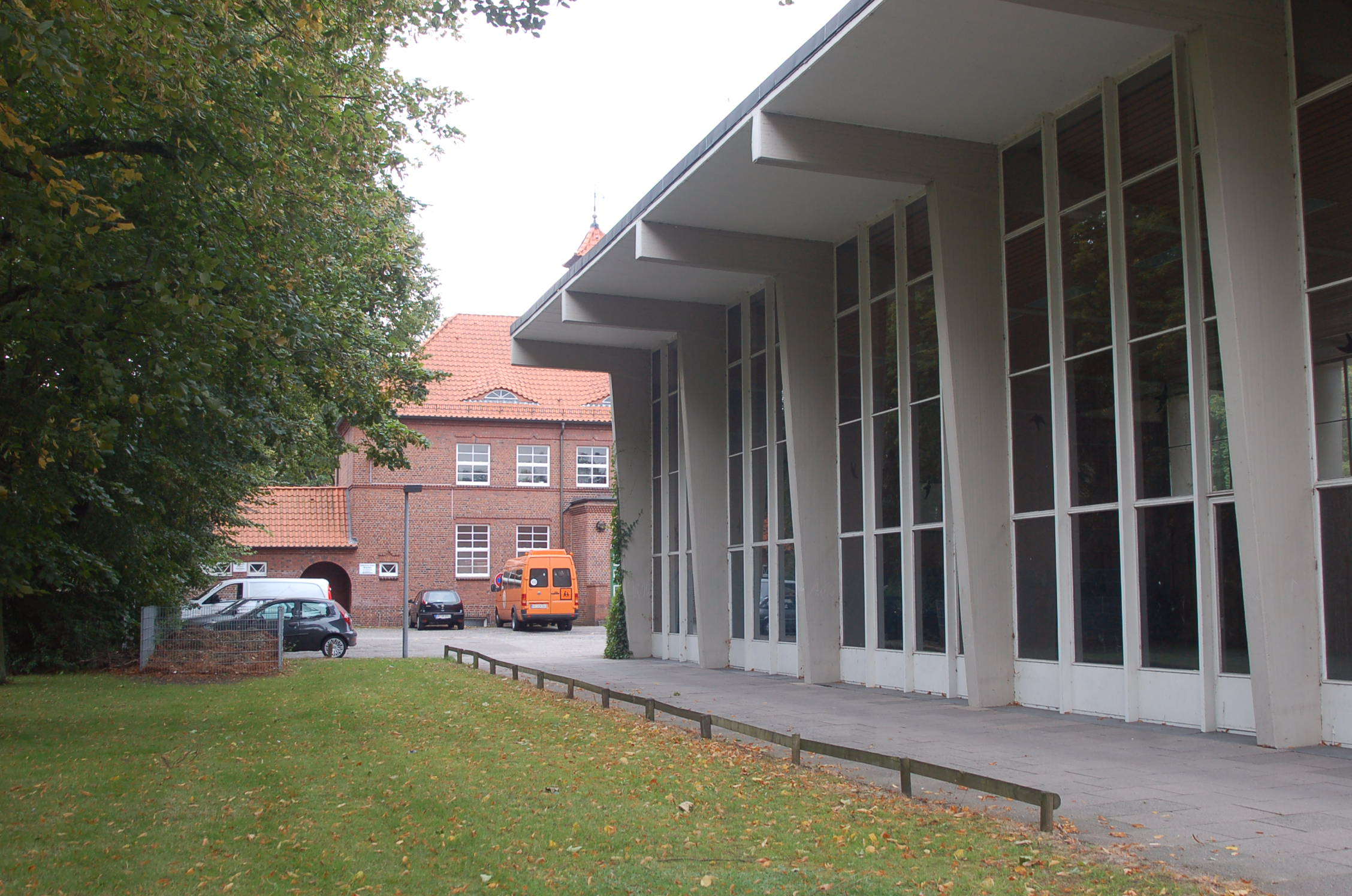 ???? -Die Katholische Schule in Neugraben