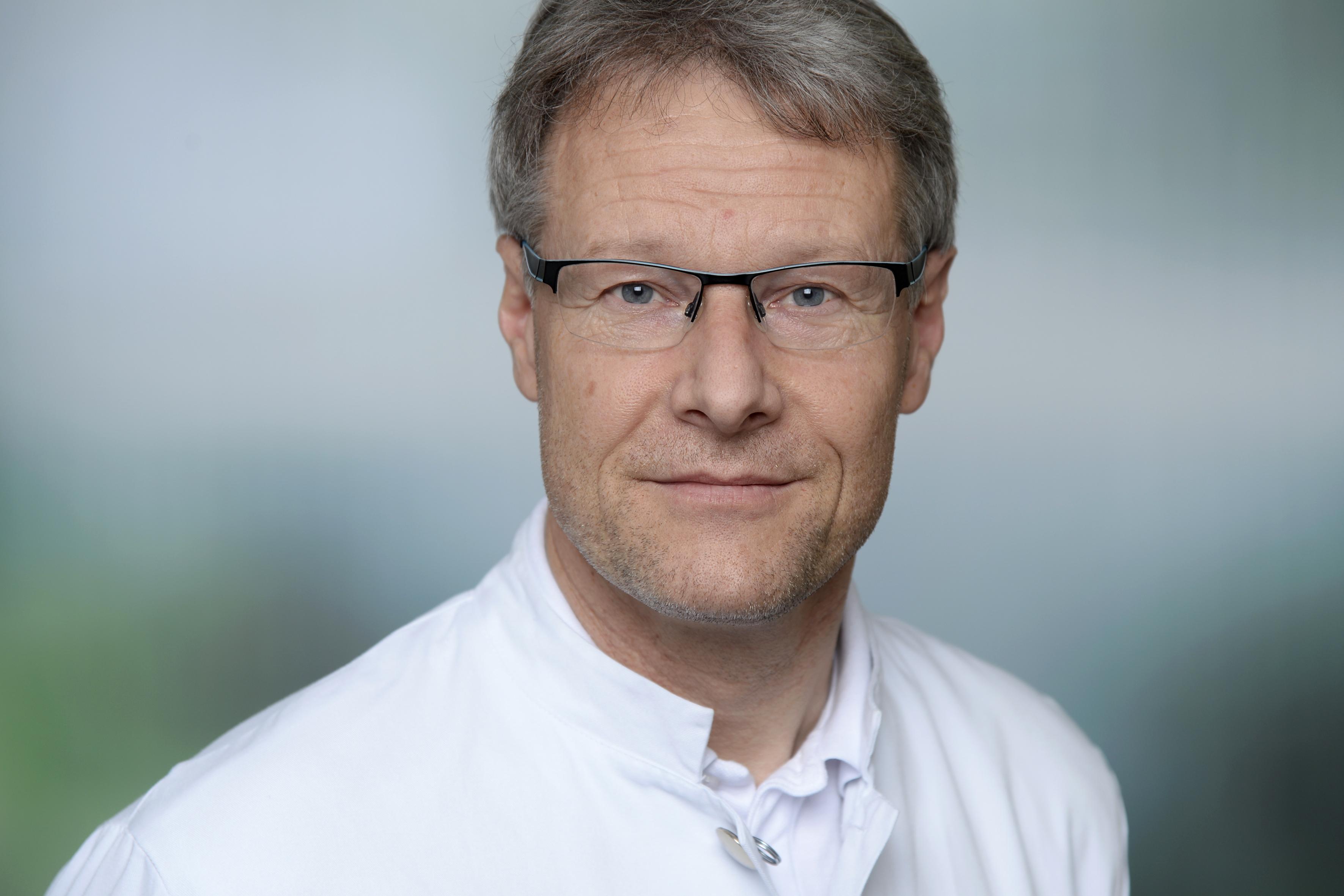 asklepios -Dr. Jürgen Linzer Chefarzt Nephrologie am Asklepios Klinikum Harburg