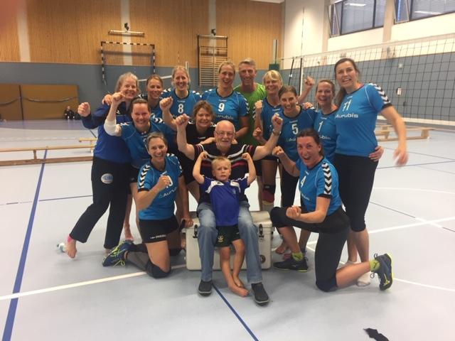 G. Bücking -Die Fischbeker Seniorinnen gewannen bei Deutsche Meisterschaften im Volleyball.