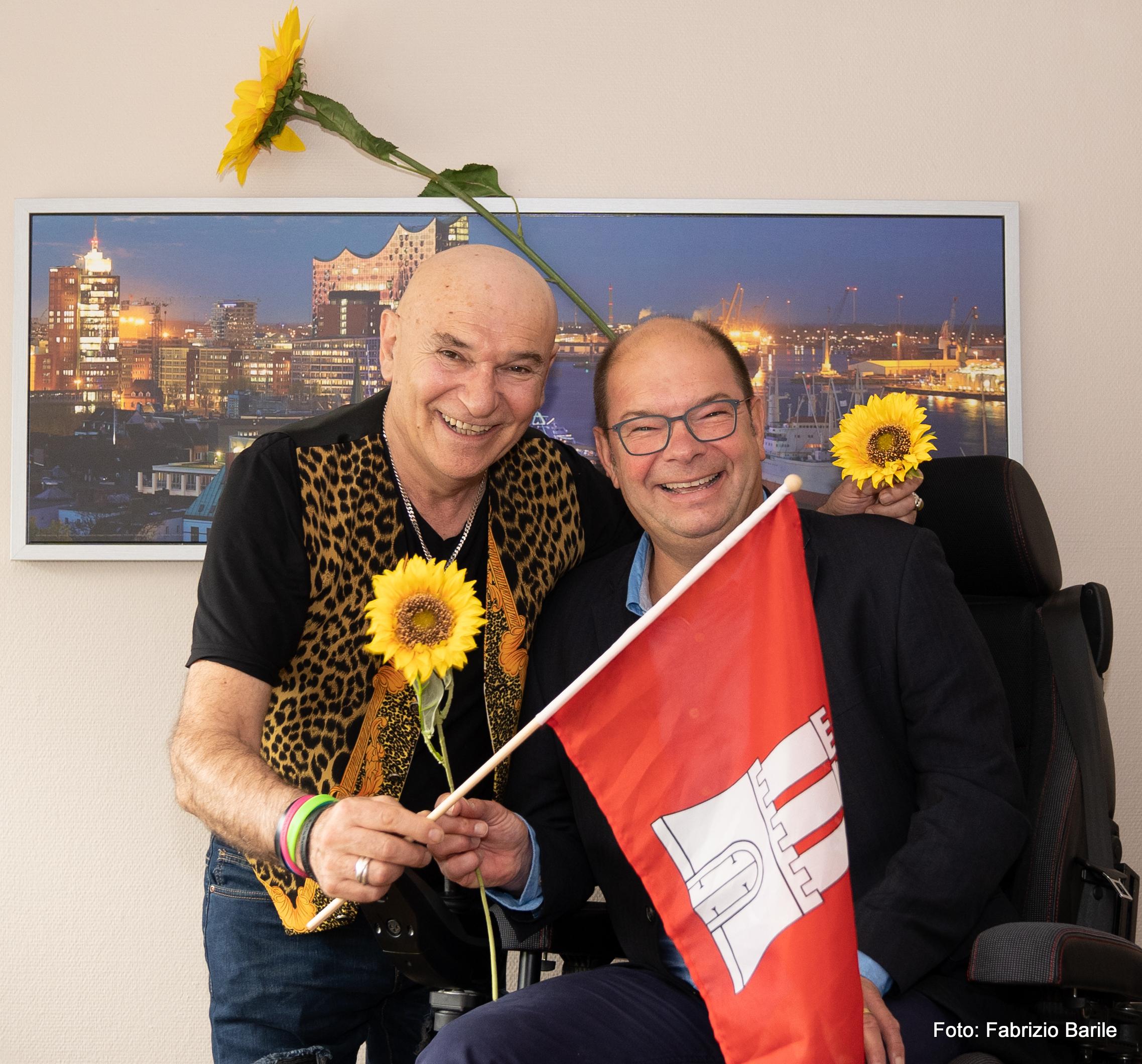 Förderkreis zu Gunsten unfalgeschädigter Kinder -Peter Sebastian (li.) und Dirk Rosenkranz Vorstand der Deutschen Muskelschwundhilfe