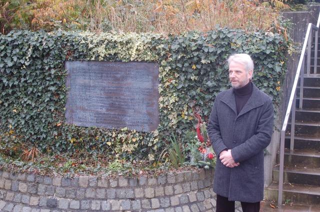 mk -Henning Reh mahnte in seiner Gedenkrede rechtsradikalen Tendenzen mutig und geschlossen entgegenzutreten.