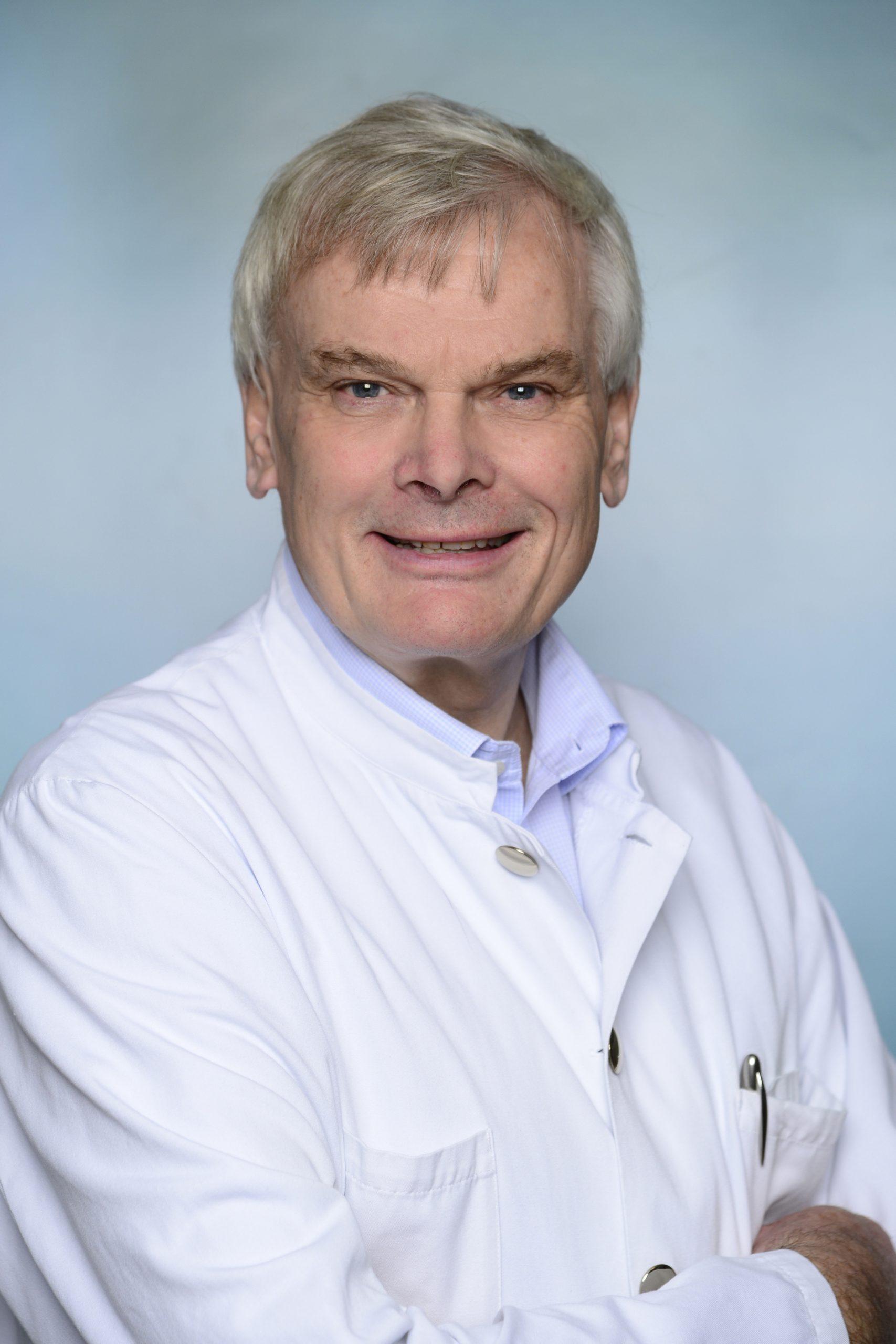 Asklepios -Prof. Dr. Walter Gross-Fengels Chefarzt Diagnostische und Interventionelle Radiologie Neruoradiologie im Asklepios Klinikum Harburg verabschiedet sich nach 28 Jahren als Chefarzt in den Ruhestand
