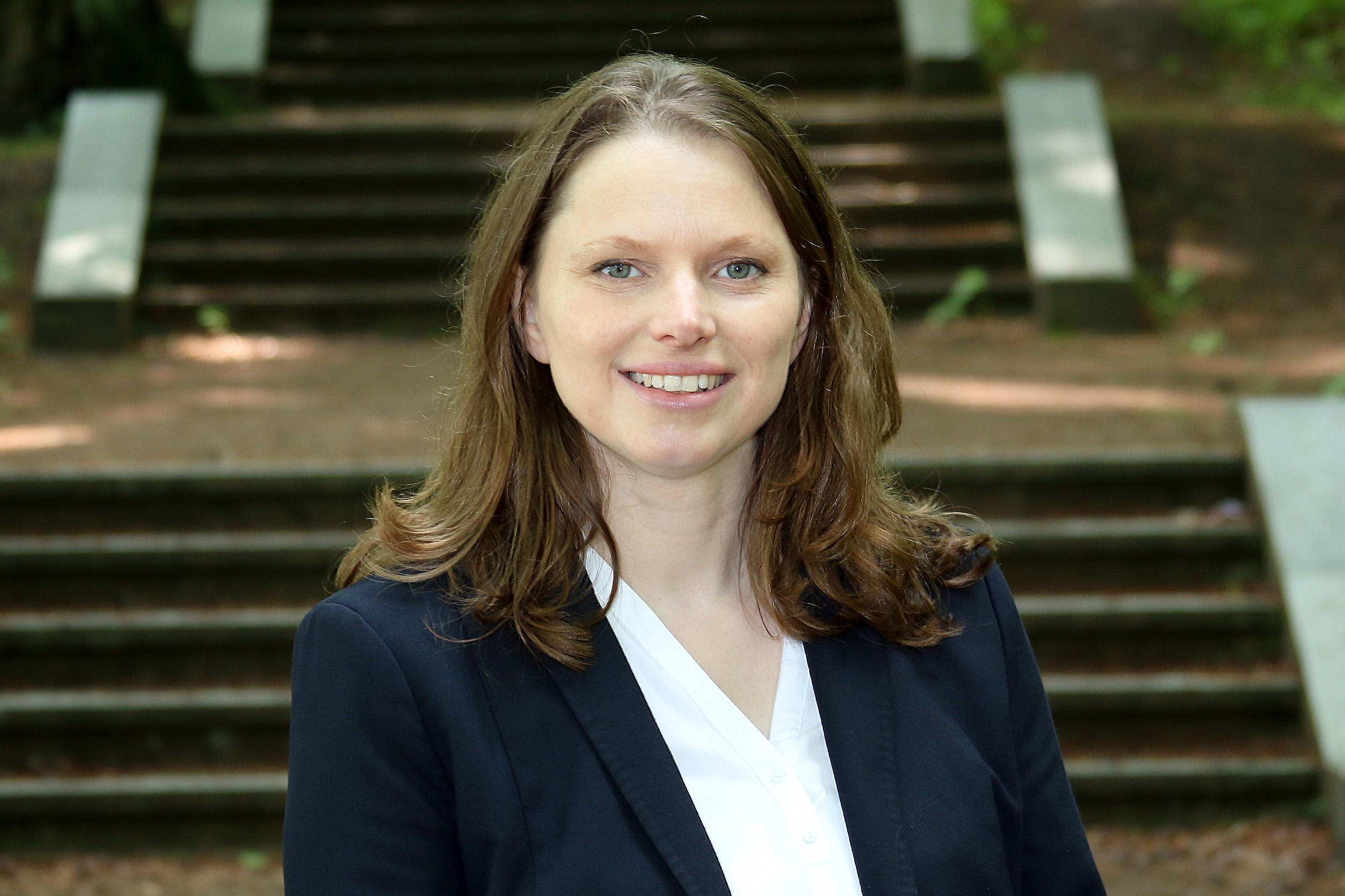 Sozialsenatorin Melanie Leonhard ist angetan von dem sozialen Engagement der Hamburgerinnen und Hamburger in der gegenwärtigen Krise. Foto: Christian Bittcher