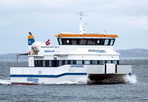 elblinien -Japsand: Der neue Katamaran hat Fahrt aufgenommen