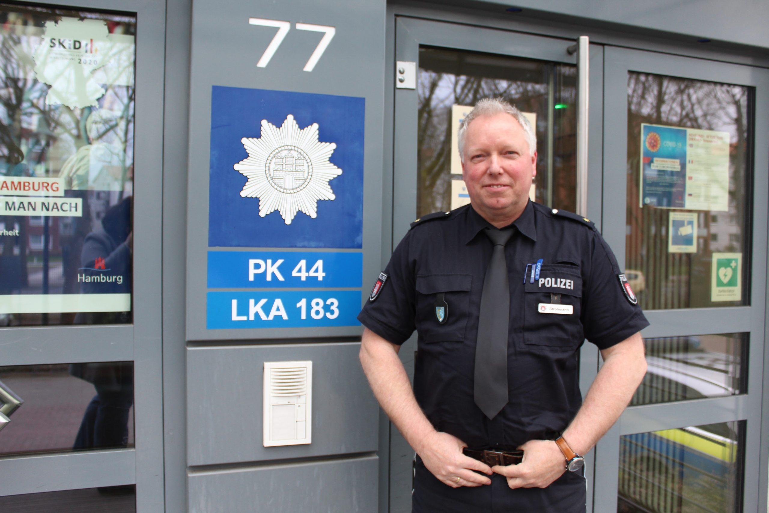 Karl-Michael Strohmann ist leidenschaftlicher Polizist und seit Ende Februar dieses Jahres der neue Leiter des Polizeikommissariats 44 Foto: au