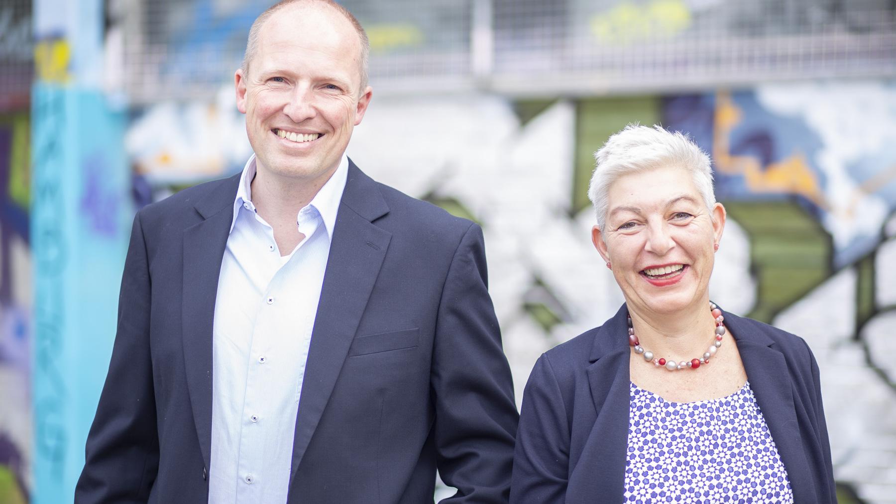 SPD -SPD-Bürgermeisterkandidat Tobias Handtke und die Spitzenkandidatin der SPD-Wahlliste Petra Andersen dankten allen Genossen für die konstruktive Beteiligung und organisatorische Unterstützung